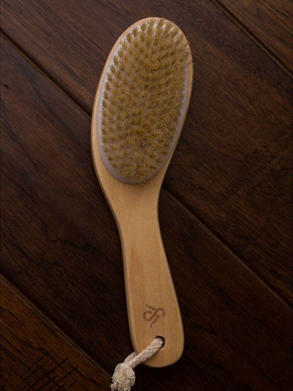 Simple Man Dry Brush - SM